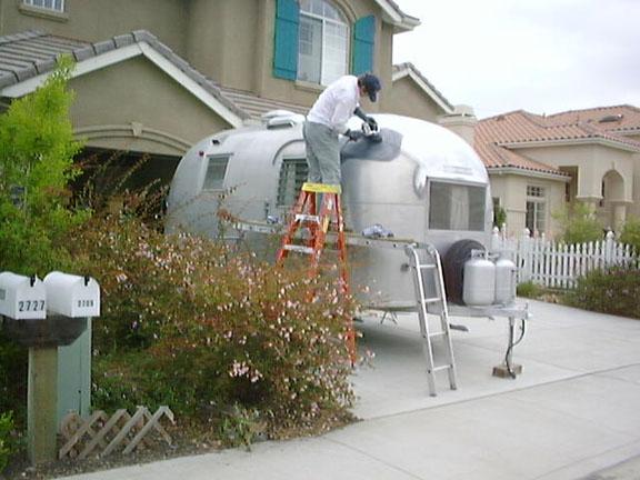 Polishing - Vintage Airstream