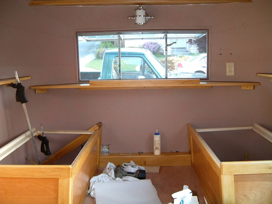 Cabinets - Dinette - Vintage Airstream