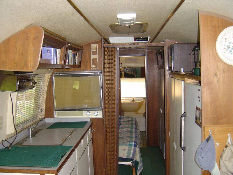 1970 Sovereign 31 Vintage Airstream