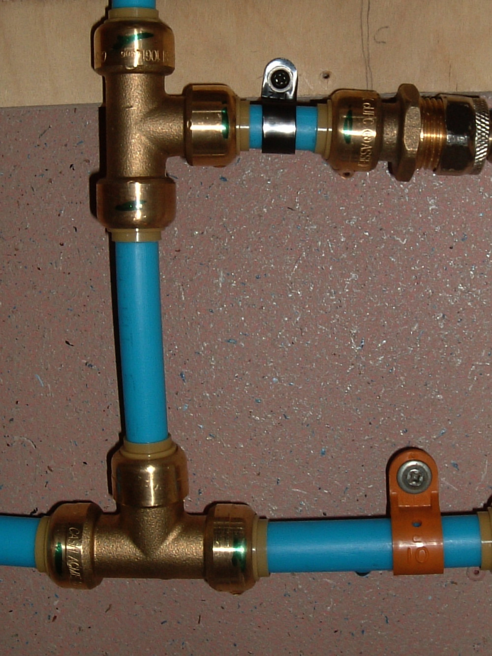 Plumbing vintage airstream for Pex pipe to copper